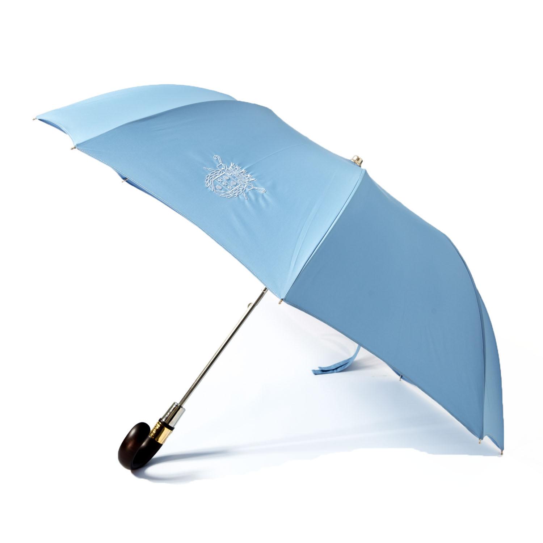 Le parapluie de cherbourg, le pliant en bleu ciel