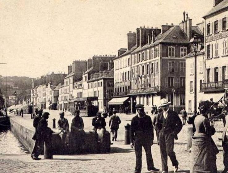 Les parapluies de Cherbourg, l'histoire de la manufacture à Cherbourg