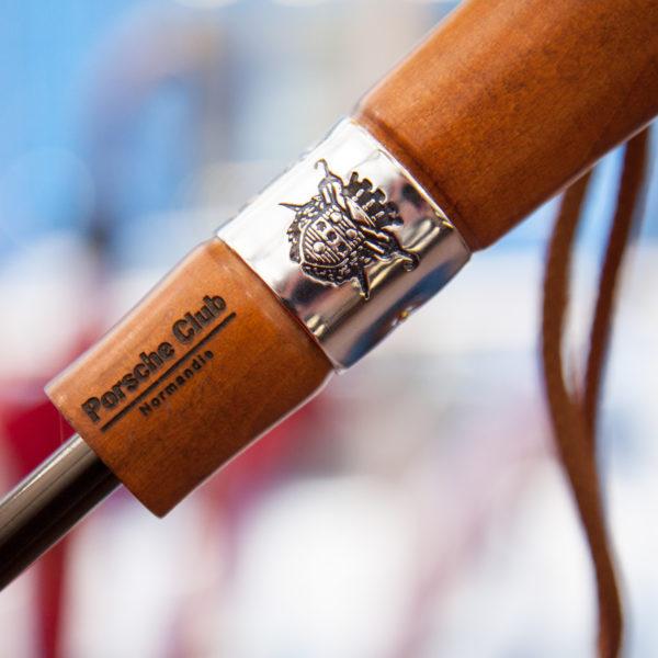 le veritable cherbourg- poignee droite -gravee porsche club normandie